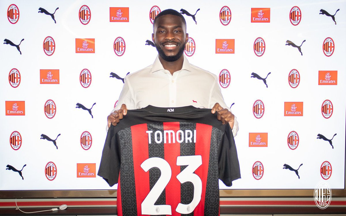 Ciao @acmilan fans👋🏾.  Honoured to have this opportunity to fight for this great club, I can't wait to show myself on the pitch🔴⚫️.  Un grande abbraccio #ForzaMilan❤️🖤.