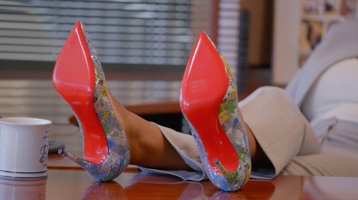 Replying to @OWNKeepItReal: Those is red bottoms. 😍👠 #BelleCollective