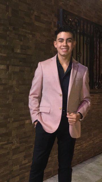 ¡Feliz Cumpleaños Juan Antonio Elizondo García, eres mi orgullo! https://t.co/uMYG6vqyt4