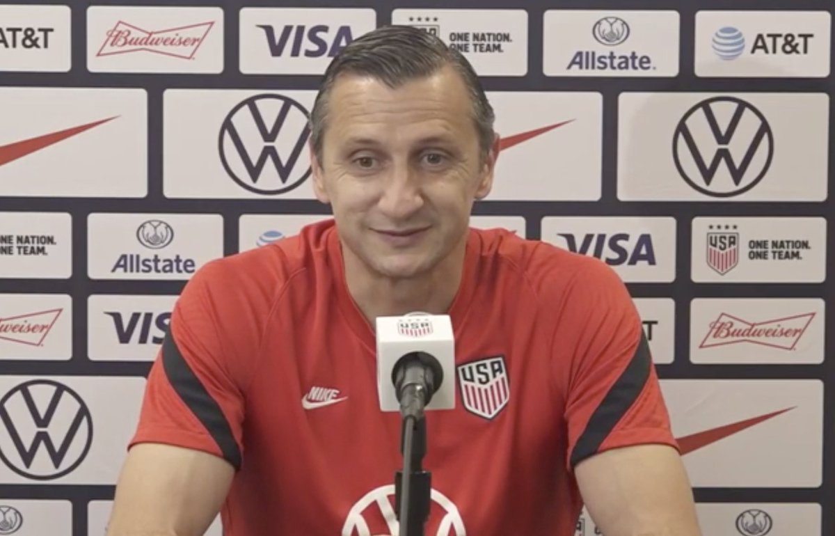 "#USWNT coach Vlatko Andonovski on tonight's defensive lineup led by @HoustonDash keeper Jane Campbell: ""Just the fact that we were able to play with such a young back line and young goalkeeper makes me very happy for the future of this team."""