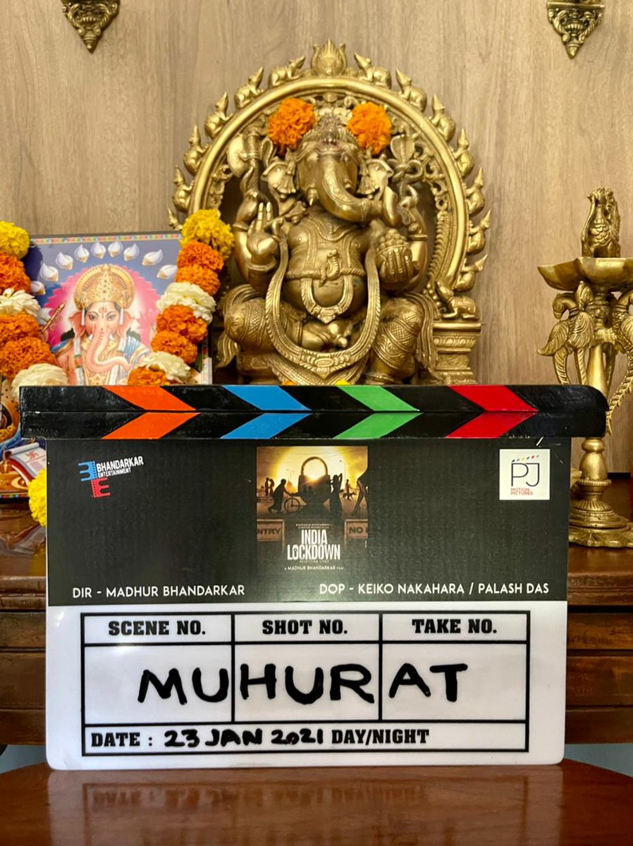 MADHUR BHANDARKAR STARTS SHOOT... #MadhurBhandarkar commences shoot of his next venture #IndiaLockdown... Mahurat ceremony held prior to the shoot, which was attended by Pradeep Jain and Pranav Jain, who produce the film along with Madhur.