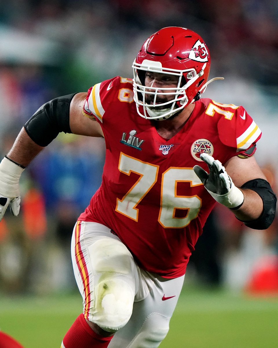 """.@LaurentDTardif in 2017: """"It's difficult not to connect my experiences pursuing medicine to whatever success I've experienced playing football."""" #TPTArchive"""