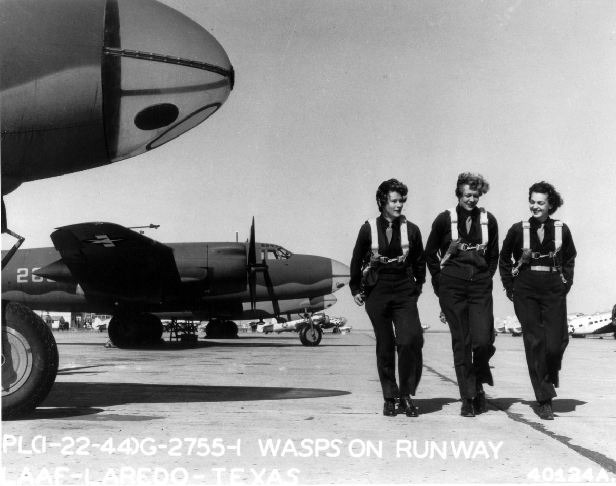 """""""WASP pilots at Laredo Army Air Force Base, Texas, United States, 22 Jan 1944"""" (United States Air Force)  #WWII #HiRes #OnThisDay #WeRememberThem #16MillionStrong"""