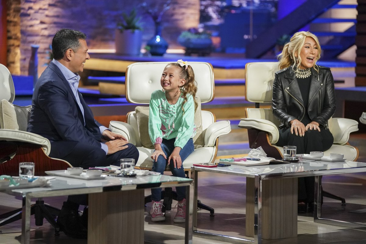 I was so impressed by Cassidy's presentation last season that I asked her to consider marrying one of my kids 🤣 She was poised, confident, and very focused. Congratulations on all your success @TheBabyToon. @LoriGreiner #SharkTank