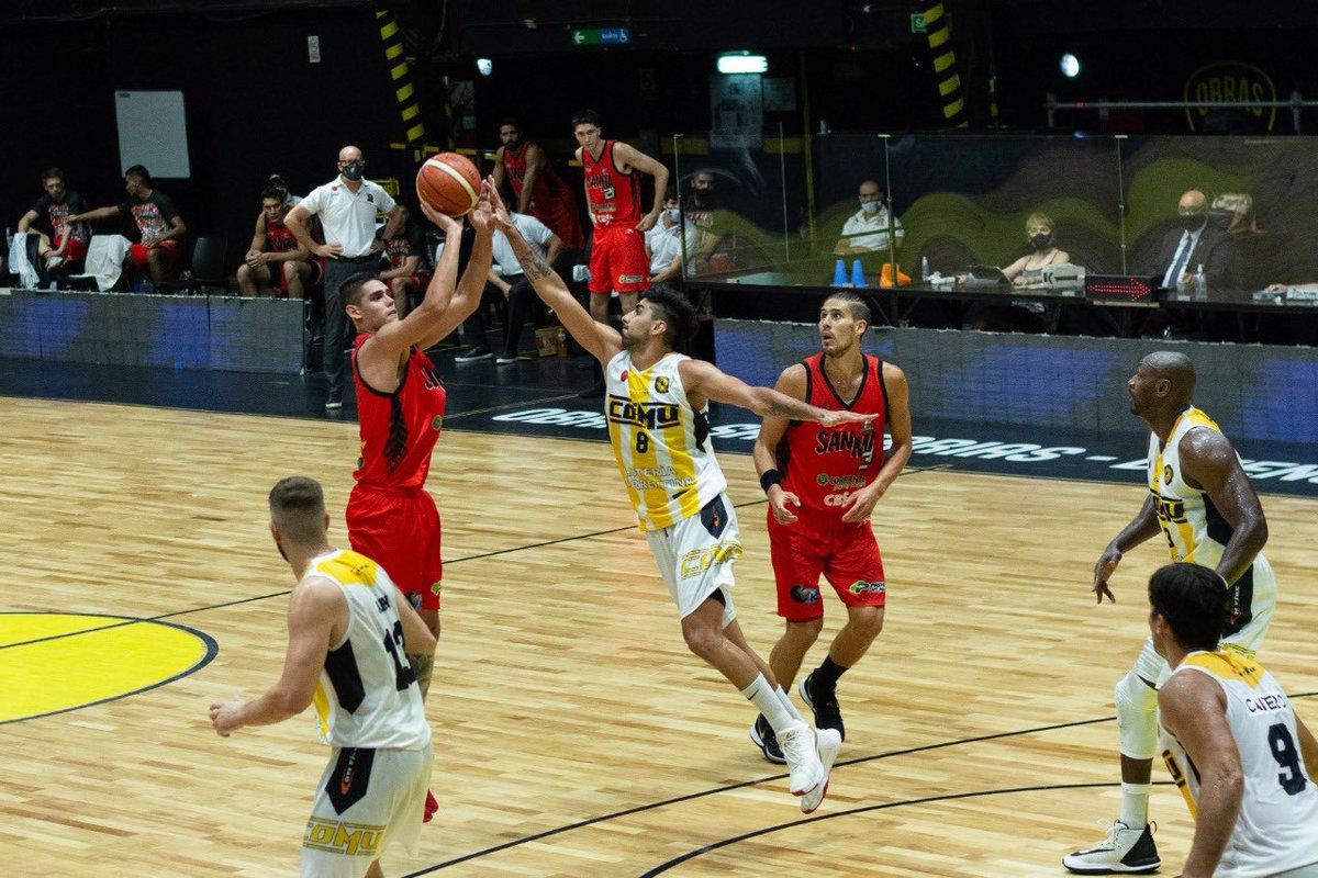 #LigaNacional       ⛹🏼♂️ @CSM_Corrientes vs @basquetcomu1  📸 Galería de fotos https://t.co/bUkCmKJqGc 📊 Estadísticas https://t.co/OAsiDjKCI1  📺 En vivo por @directvsportsar   📸 Liga Nacional https://t.co/00al70uxH2