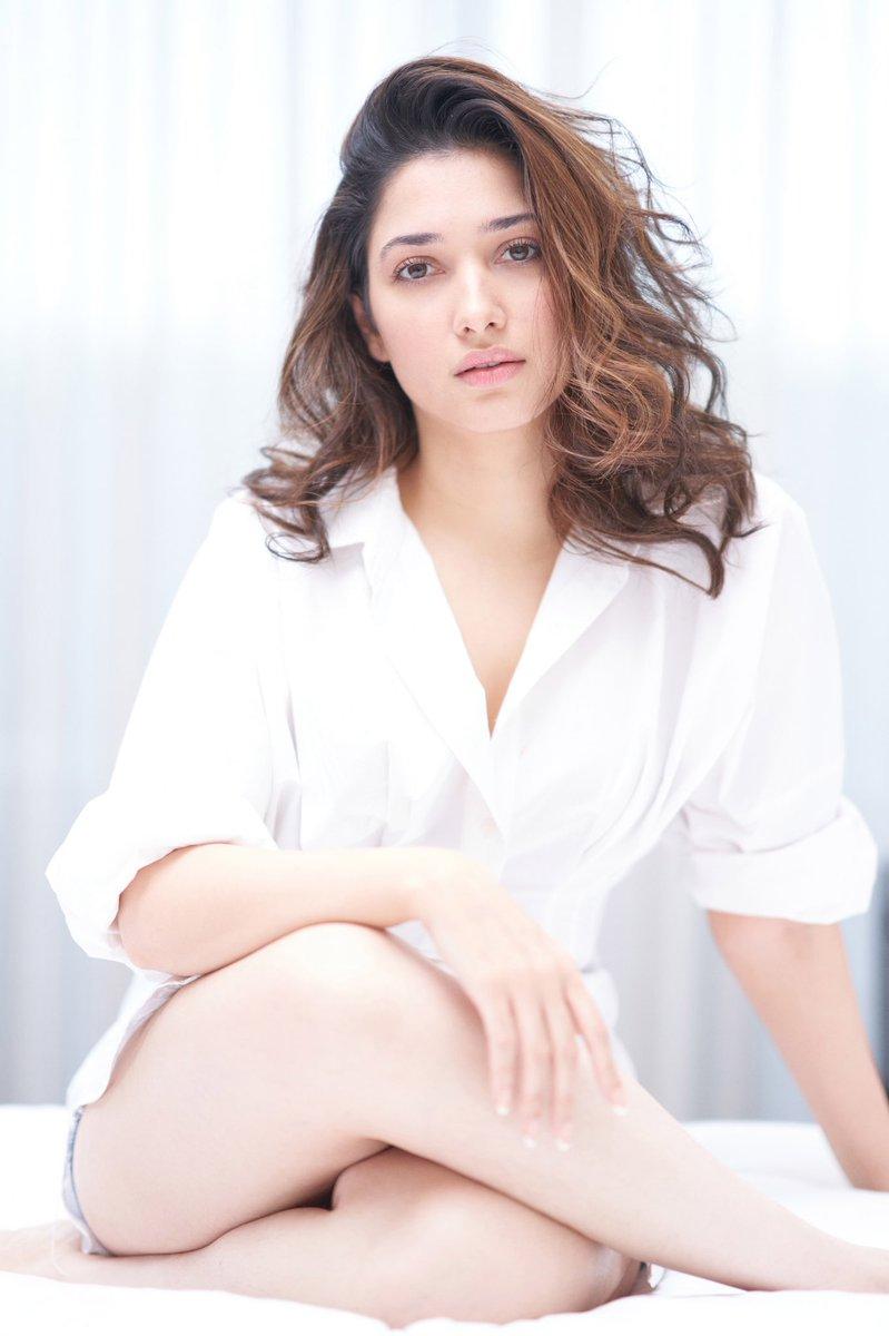 Breeze..! #TamannaahBhatia   #Tamannaah   #actress   #PinkRose   #APTrending   #pretty   #gorgeous   @tamannaahspeaks