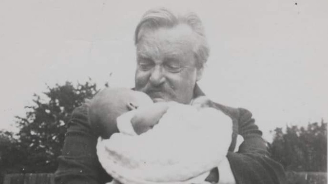 """When people begin to ignore human dignity, it will not be long before they begin to ignore human rights.""  —G. K. Chesterton https://t.co/k3Jsh7MgbJ"