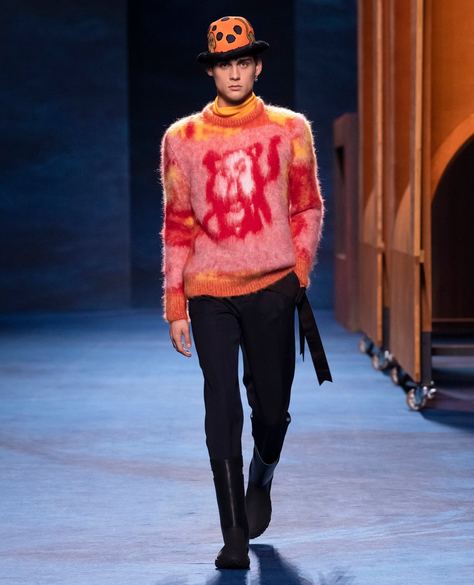 Soft sweaters from #DiorWinter21  by Kim Jones highlight the collaboration with artist Peter Doig through the latter's specially conceived and hazily rendered animal motifs featuring Monsieur Dior's dog, Bobby, and a lion from the painter's own oeuvre.