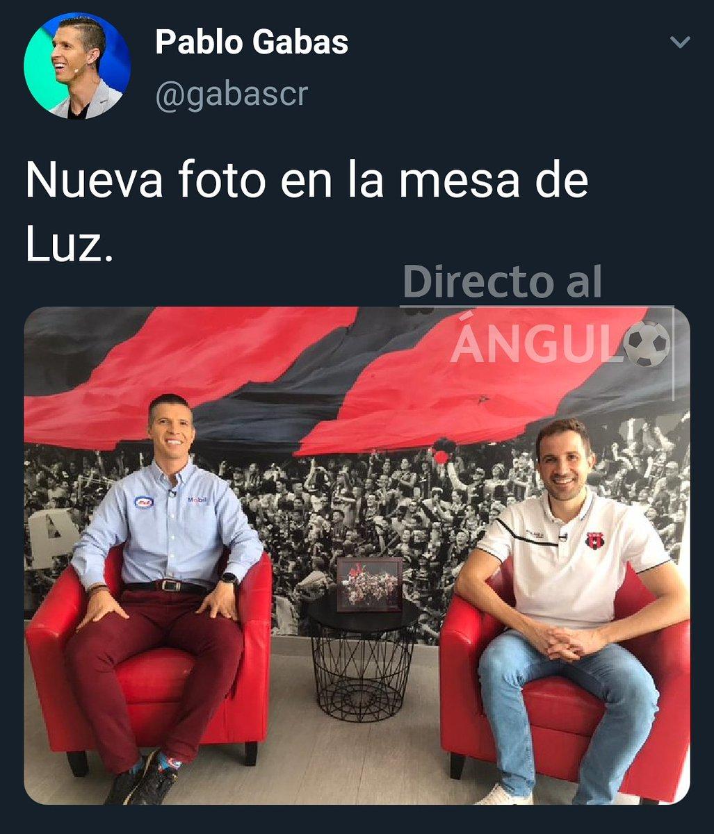 🍯🔴⚫  📸: Twitter/gabascr.   #somosfútbol