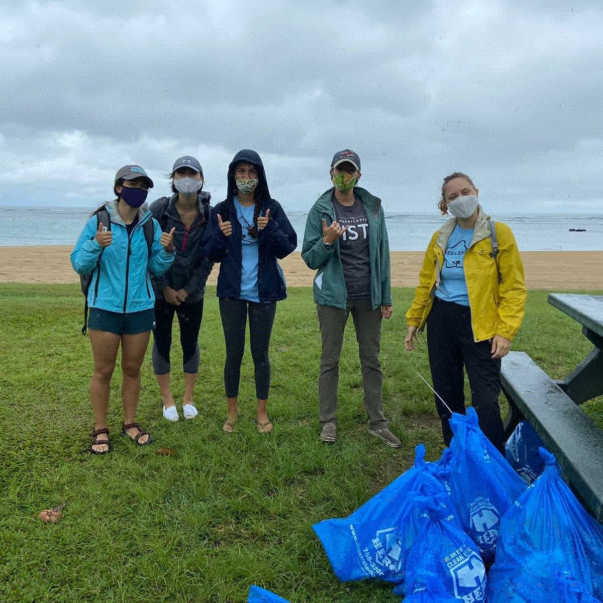 @AmeriCorps members get things done! 20 AmeriCorps VISTAs from 10 City agencies spent the morning cleaning up Ala Moana Beach Park this past Monday and collected 60 lbs of trash from our shorelines.   #ploggingoahu #GreatGlobalCleanUp #Plogging #TrashTag #mlkdayofservice