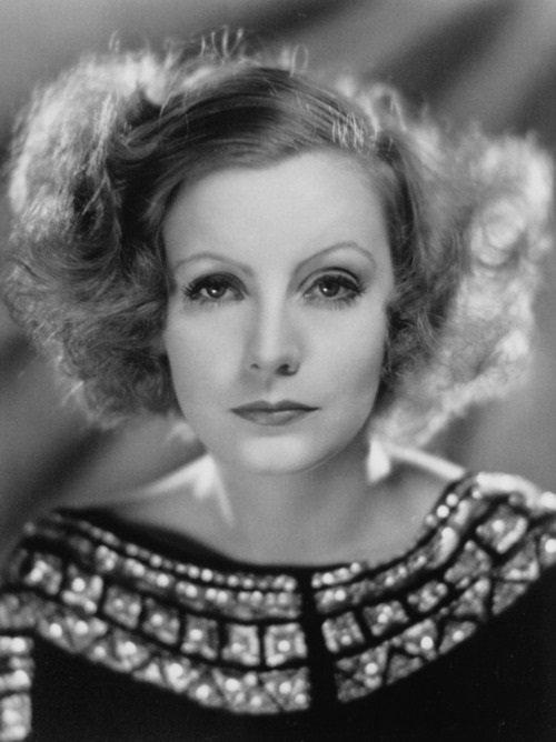 💖 Greta Garbo - Swedish-American actress . https://t.co/G60xr7BV5d . #vintagecutiesandbeauties #hollywood #vintage #retro #singer #beauty #california #actress #icon #americana #20s #30s #40s #50s #silentmovie #movies #marilynmonroe #girls #women #beauty #cute #GretaGarbo 💖 https://t.co/TBWtD3e0DJ