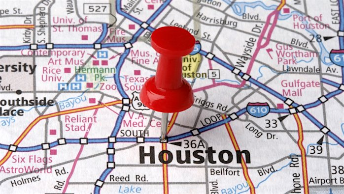 Who wants to move to #Houston? Sr. Corporate Real Estate position posted on LinkedIn ➡️  #CRE