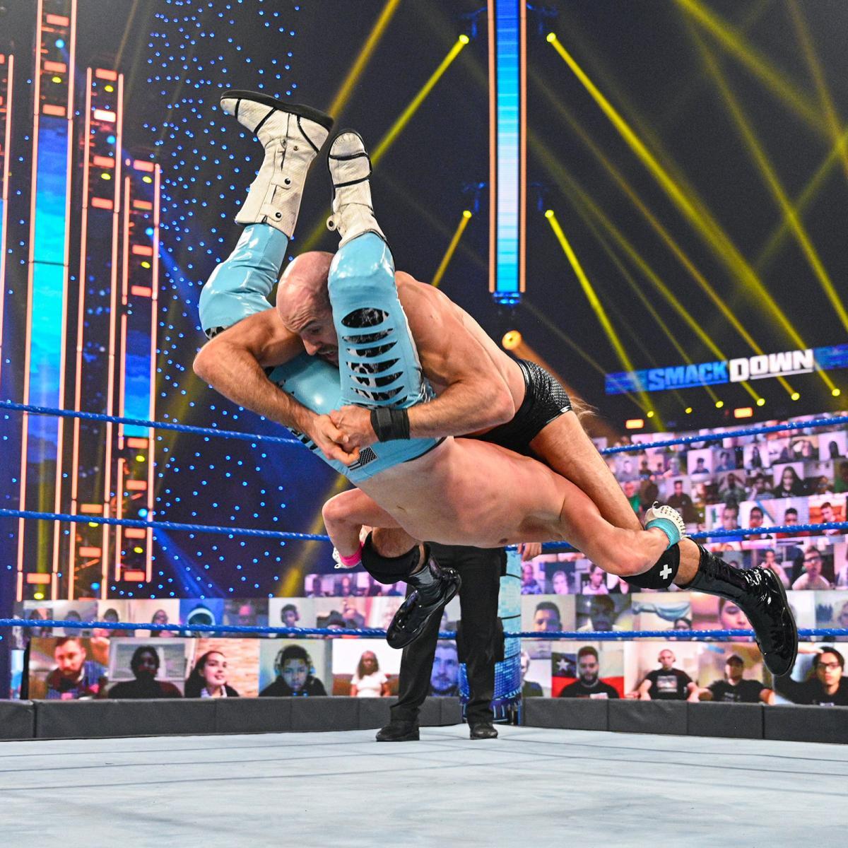 Cesaro gets the win over Dolph Ziggler... #Smackdown 👊👏👏👏👏👏👌👍🤙