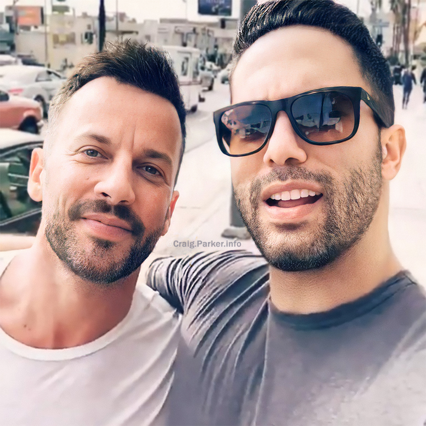 ✨ On this day four years ago, #CraigParker and #VictorTurpin at the first Women's March. #fbf #protest #womensmarch #womensmarch2017 #losangeles #actorslife  Credits to @victorturpin  #haldir #lotr #lordnarcisse #reign #damien #greenlight #enrique #shadesofblue #actors