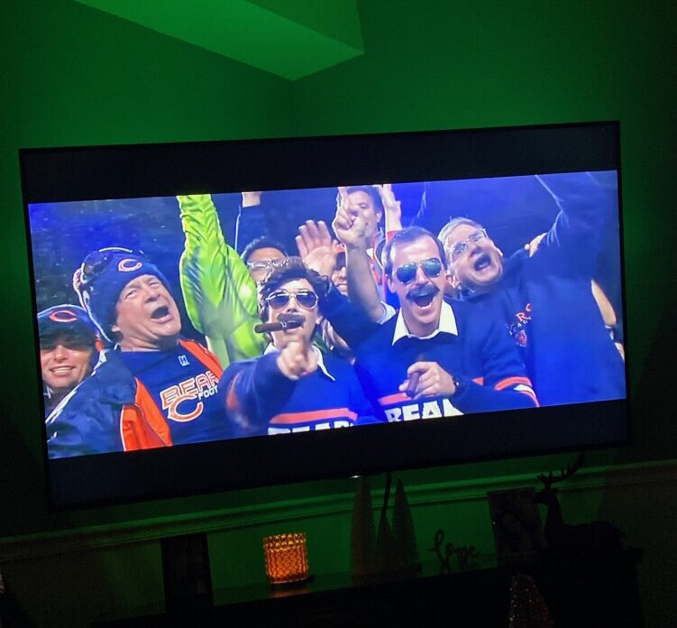 @ChicagoBears please make this happen for a lifelong Bears Fan!!! I am also on your MNF montage every year so I think you owe me one ;) #bucketlist #superbowl #HealthcareHeroes #ditka