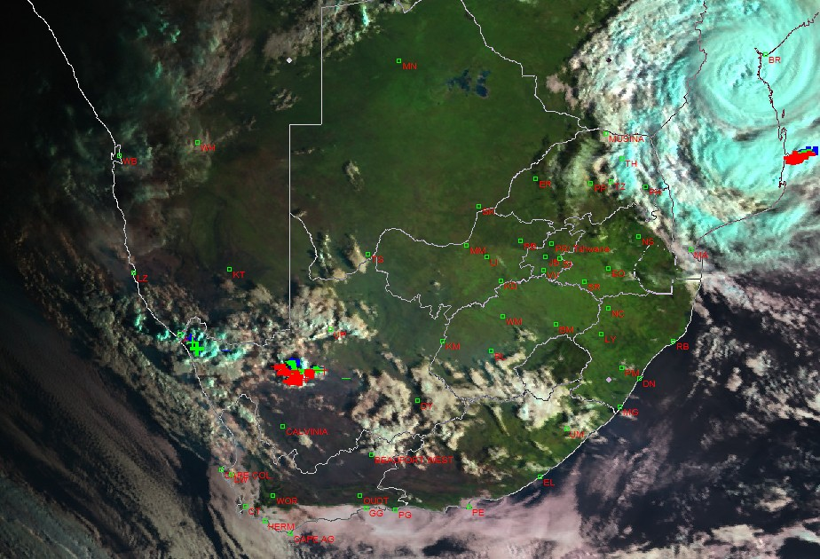 🌀Tropical Cyclone Eloise made landfall earlier this morning in the Beira area (Saturday 23 January 2021). Its expected to weaken into an overland depression and move into parts of Limpopo tomorrow. Rain will already start today in Limpopo and Mpumalanga. #Eloise #TropicalCyclone