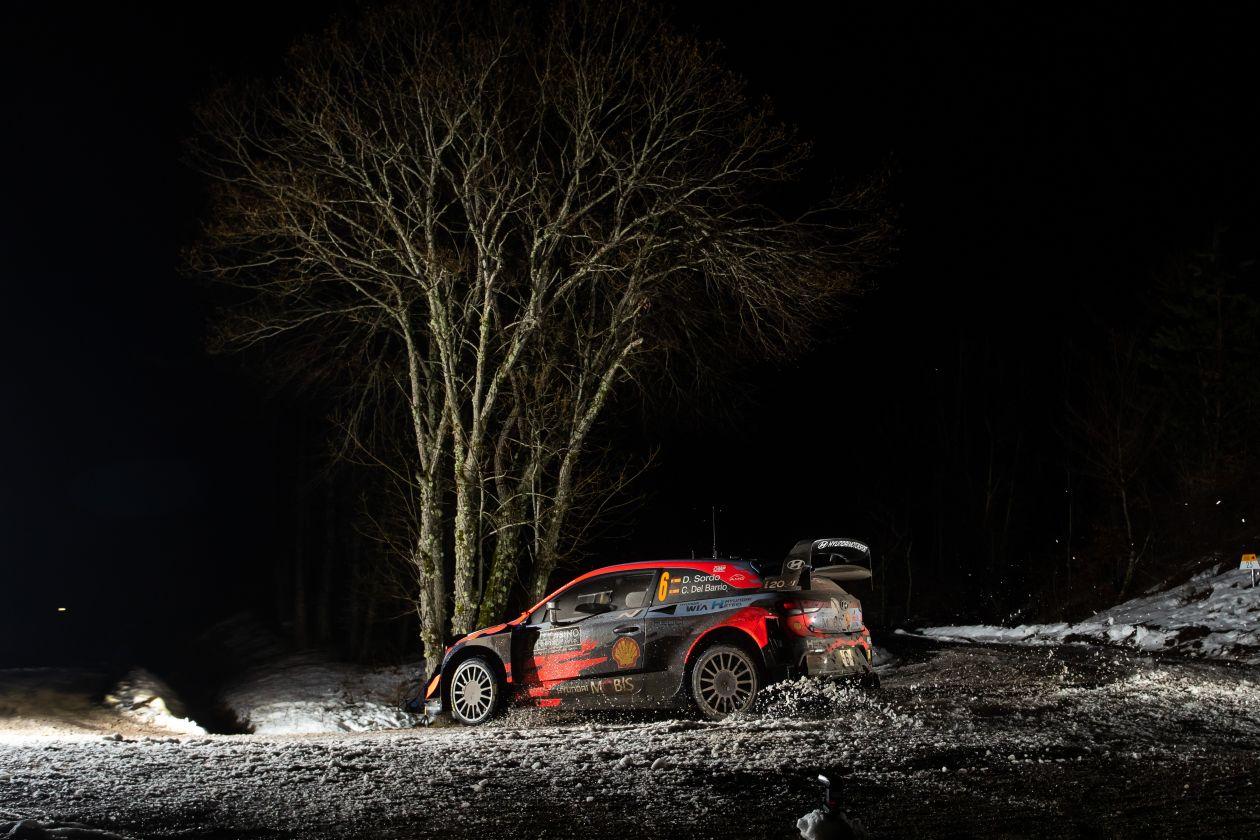 WRC: 89º Rallye Automobile de Monte-Carlo [18-24 Enero] - Página 10 EsZM5weXIAAjtSb?format=jpg&name=large
