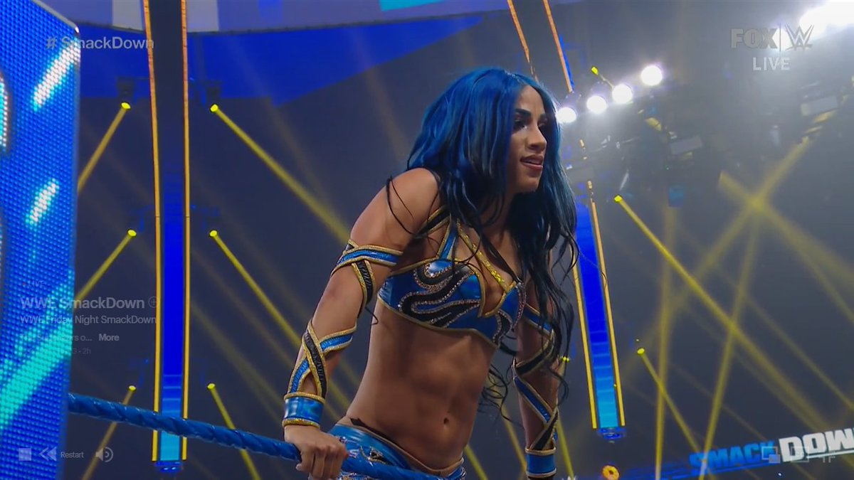 @4thPrometheus Hey Bestie, I ALSO just realized AND noticed that SASHA wore THIS exact same Blue gear/outfit on #SmackDown tonight too. You see like minds think a like which I love this one on her as well. Good choice from The BO$$💯👌🏽🙌🏽😌🤩💫🐐💁🏽♀️🔥🔥💙
