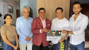 .@prateikbabbar starrer #IndiaLockdown commences shoot with mahurat today!! All the best to the cast and crew!!🤗  #SidK @imbhandarkar @prateikbabbar @SaieTamhankar @AahanaKumra @shweta_official @ShihabZarin #PrakashBelawadi