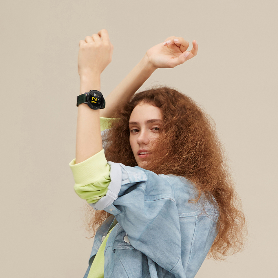 Time to be #SmarterRoundTheClock. Carry your style wherever you go with the #realmeWatchS featuring 100+ Watch Faces and Stylish Straps that match your vibe.  Starting at ₹4,999. Available on  & @Flipkart. Buy now: