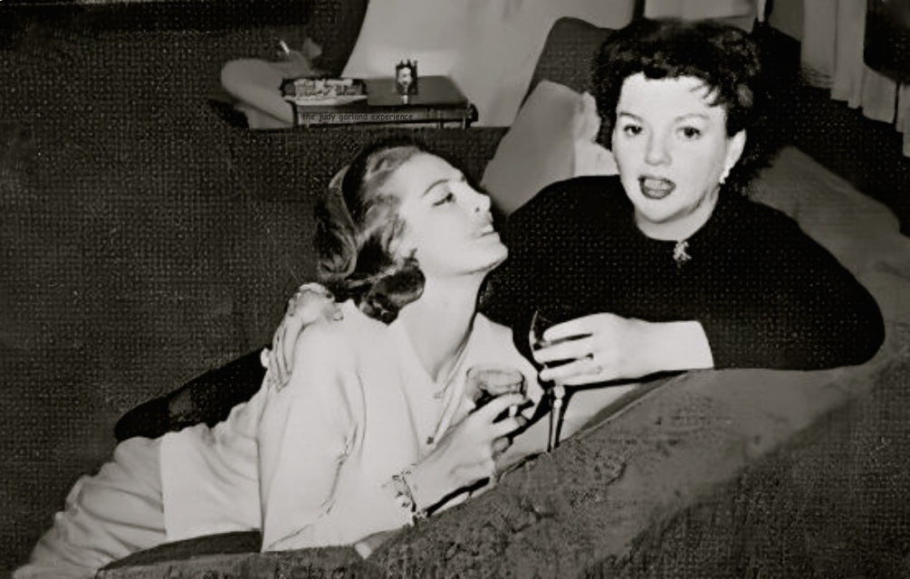 Beautiful Capucine seems quite enamored with the legendary Miss Judy Garland. #teamtjge #judygarland #judy #capucine #oldhollywood #pinkpanther #diva #legend #thejudygarlandexperience