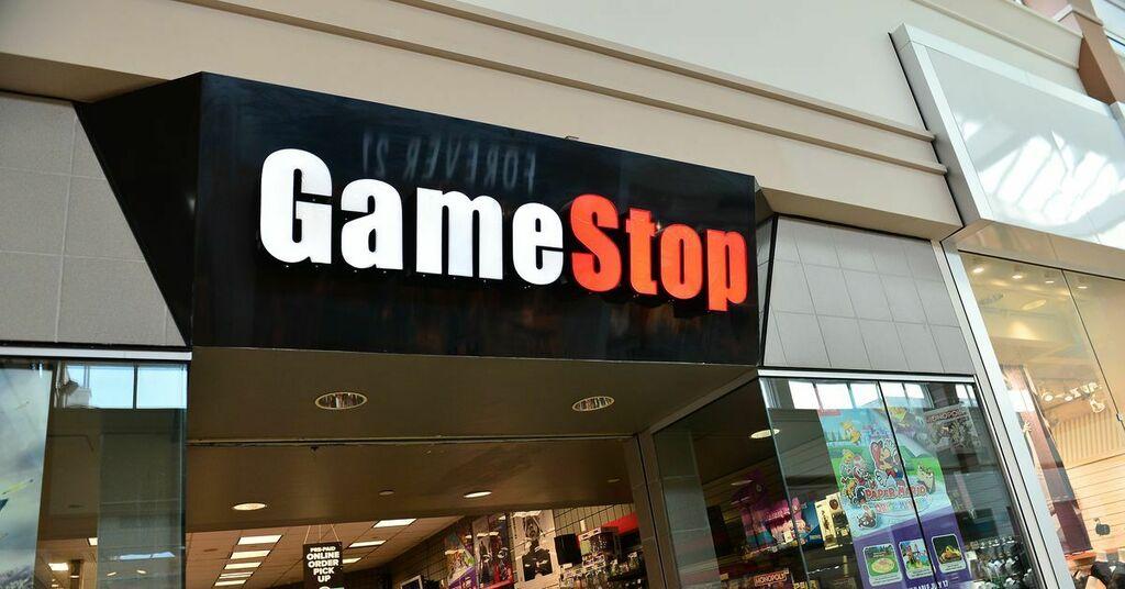 GameStop stock halts trading after Reddit drama https://t.co/qiCgFohNPO #Tech #TechNews #Trending https://t.co/PW2aRgXuZI