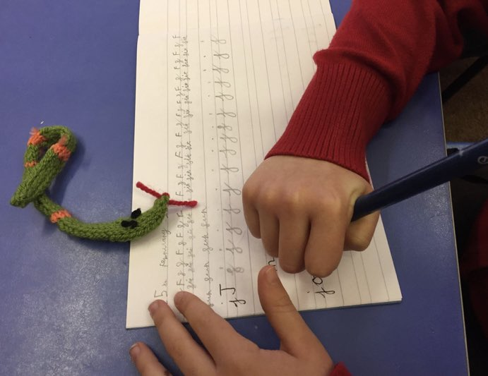 Today is #cumbriaday AND #handwritingday ✏️ so here's sammy the snake 🐍 doing some #handwriting practice in a #primaryschool in #cumbria on her #adventure 🐾 - Catch up on past #stories here:   #charity