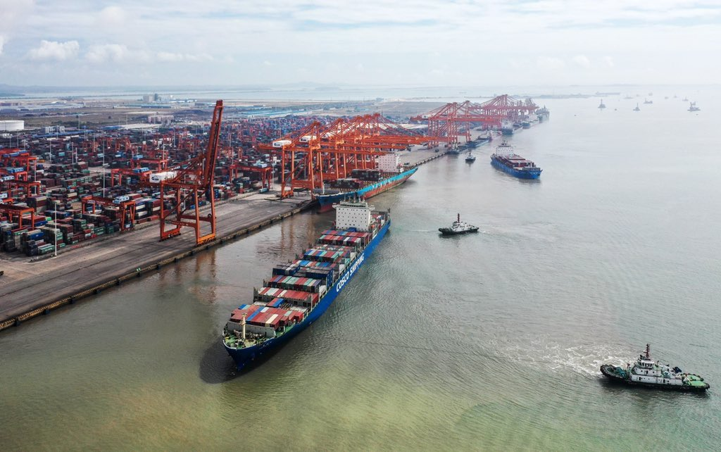 The foreign trade of south #China's #Guangxi Zhuang Autonomous Region reached 486.13 billion yuan in 2020, up 3.5% y-o-y,customs statistics showed. Exports in the region increased by 4.3% to 270.82 billion yuan, while imports grew 2.6% to 215.31 billion yuan last year.