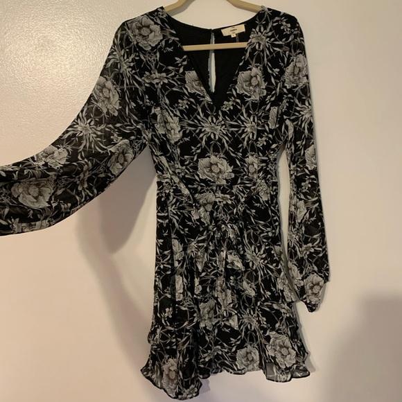 So good I had to share! Check out all the items I'm loving on @Poshmarkapp #poshmark #fashion #style #shopmycloset #entro #ralphlauren #coach: