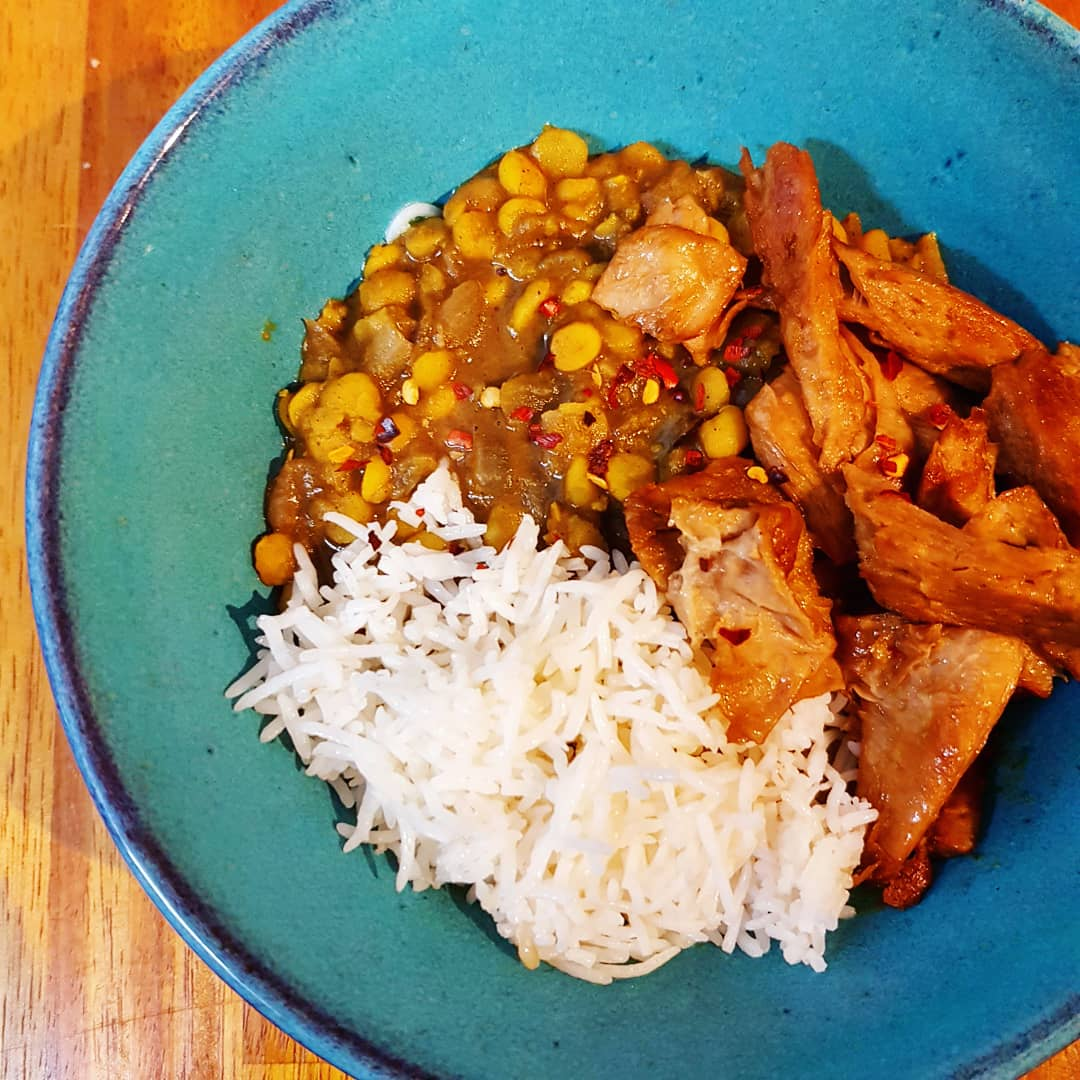 Made a lovely yellow daal with baked seitan and basmati rice. So good! Happy weekend all!  🍛🍛🍛  #Veganism #VeganLife #dairyfree #veganfood #plantbasedfood #Foodie #Food #CrueltyFree #vegetarian #instafood #WholeFoods #Veganuary #Veganuary2021 #daal #curry