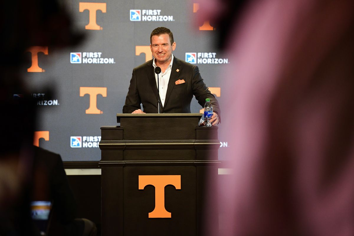 Danny White focuses on quickly hiring new Tennessee football coach https://t.co/wExBZxEGwv https://t.co/wVYX2XLlf8