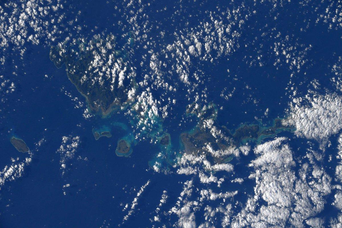 #石垣島 、その周りの島々、そして美しい南国の海