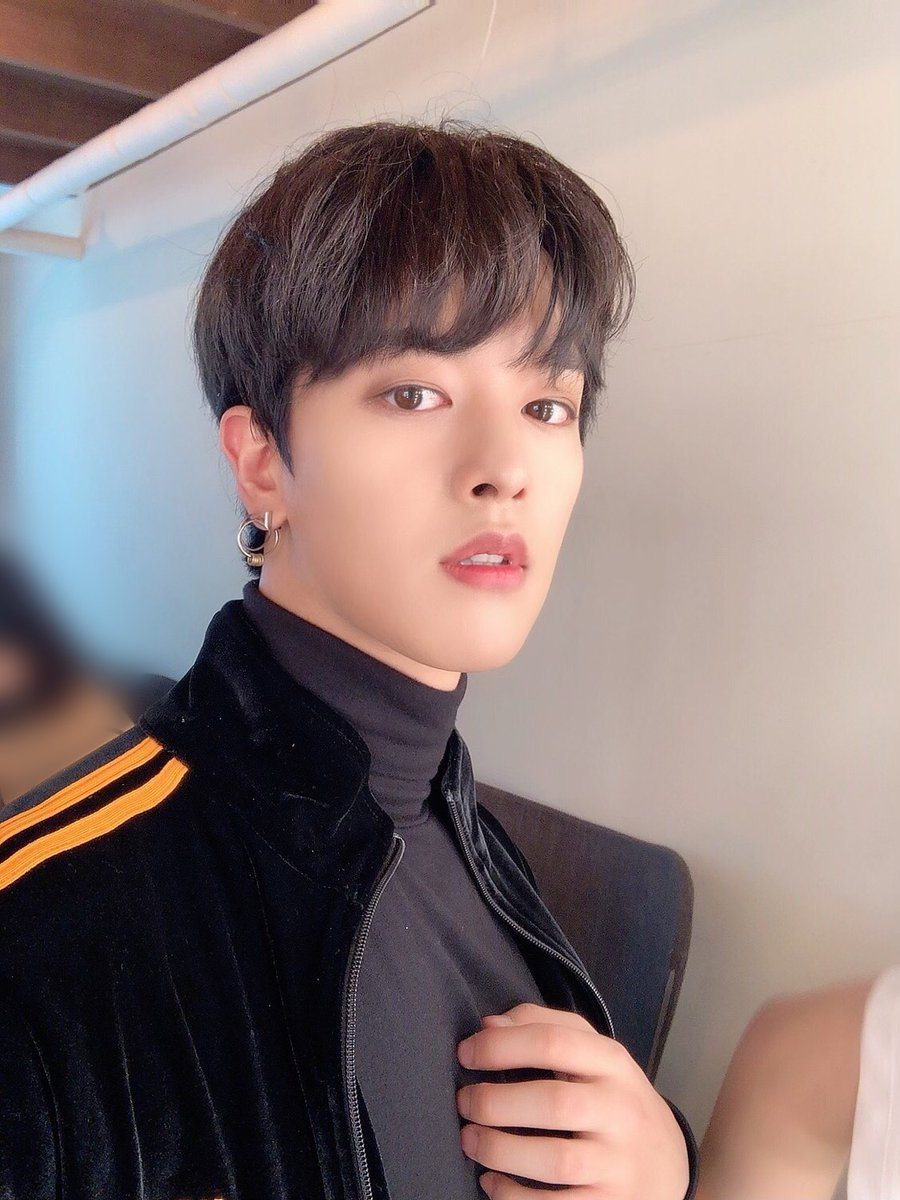 Replying to @official_ONEUS: [#RAVN] 🌹🔥 스위트홈 차영조