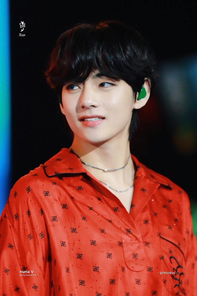 @KTH_Facts Congratulations 🎉🎉 to our precious winter bear 😍❤️ SWEET NIGHT is the masterpiece 😯👌 KIM TAEHYUNG Is ❤️ #KimTaehyung #TAEHYUNG #V #BTSV #SweetNightBestOST #SweetNight_BestOST상_축하해