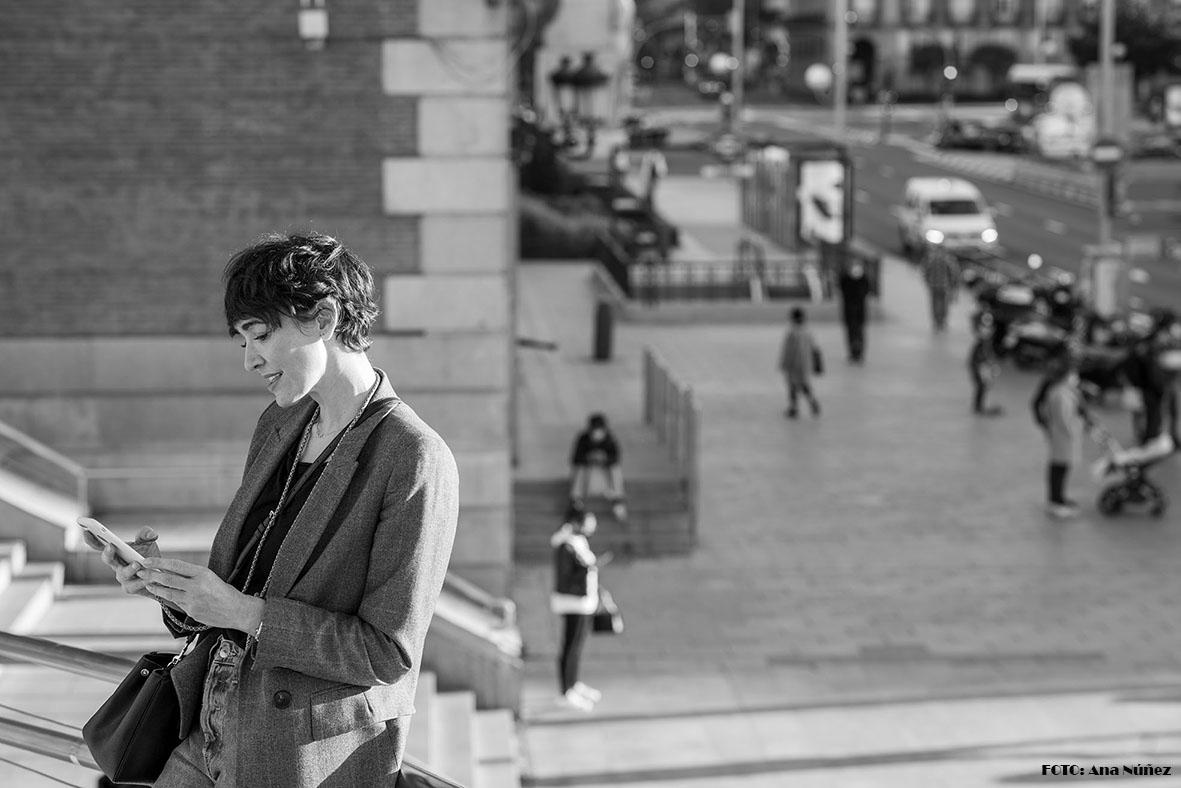 Ella y la ciudad She and the City  photo #picture #photographer #photography #fotografía #picoftheday #belleza #beauty #street #Madrid #madridcityworld  #blackandwhitephotography #fotoblancoynegro #bnwphotography #bnwphoto  Modelo: Anais Reina  #Foto: Ana Núñez (@eljardindemab)