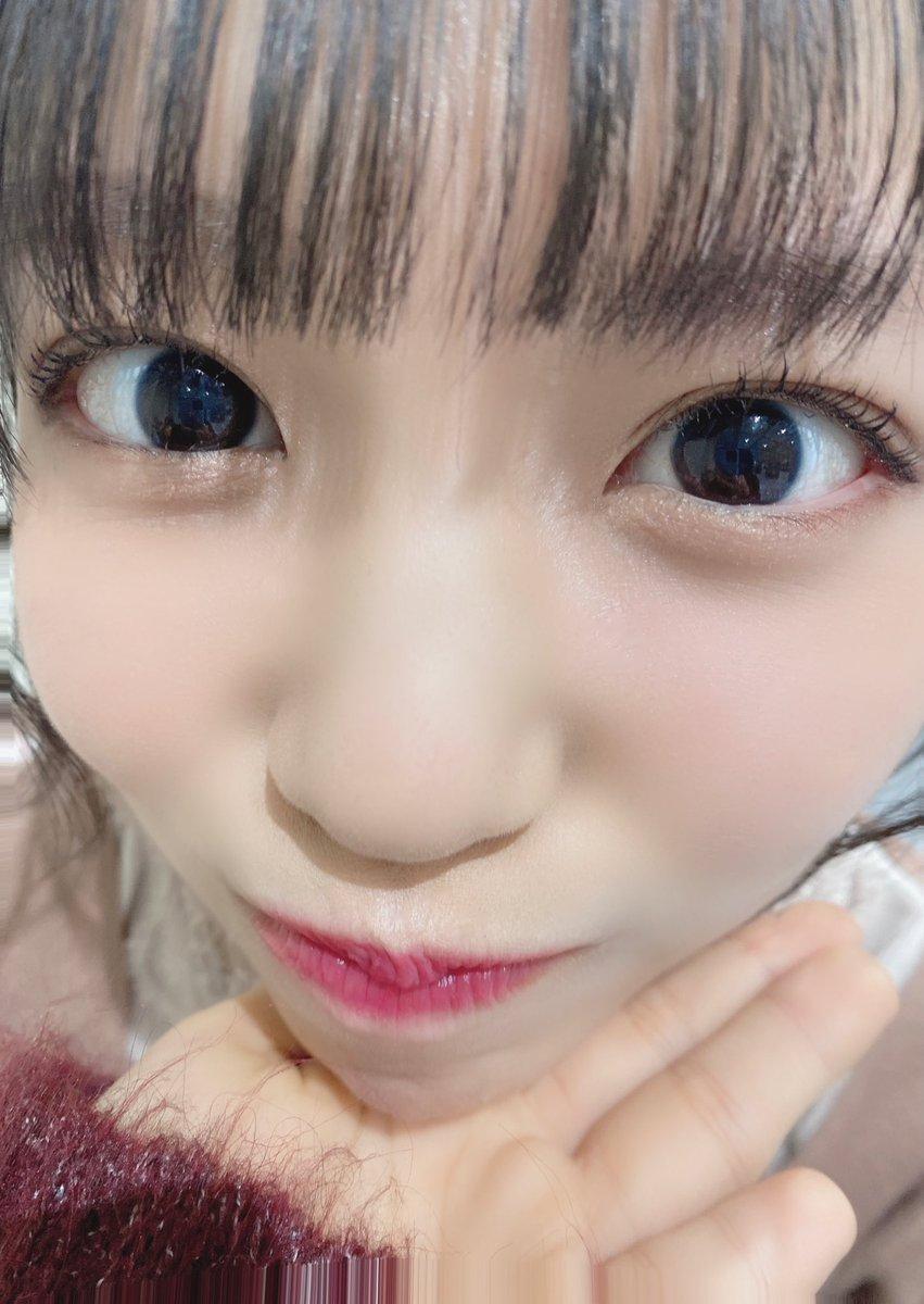 Replying to @sukinasoo_hina: 画面いっぱいの顔面🥰