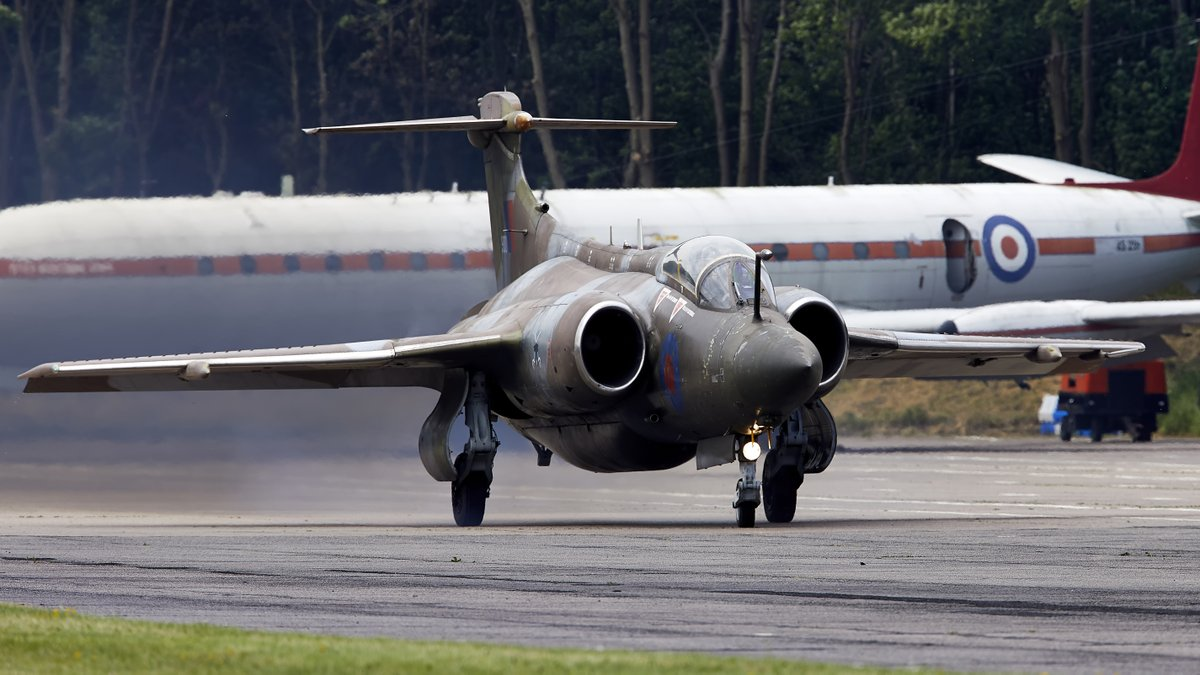 Fast & low...............or would be if it were able to fly still....... #Buccaneers