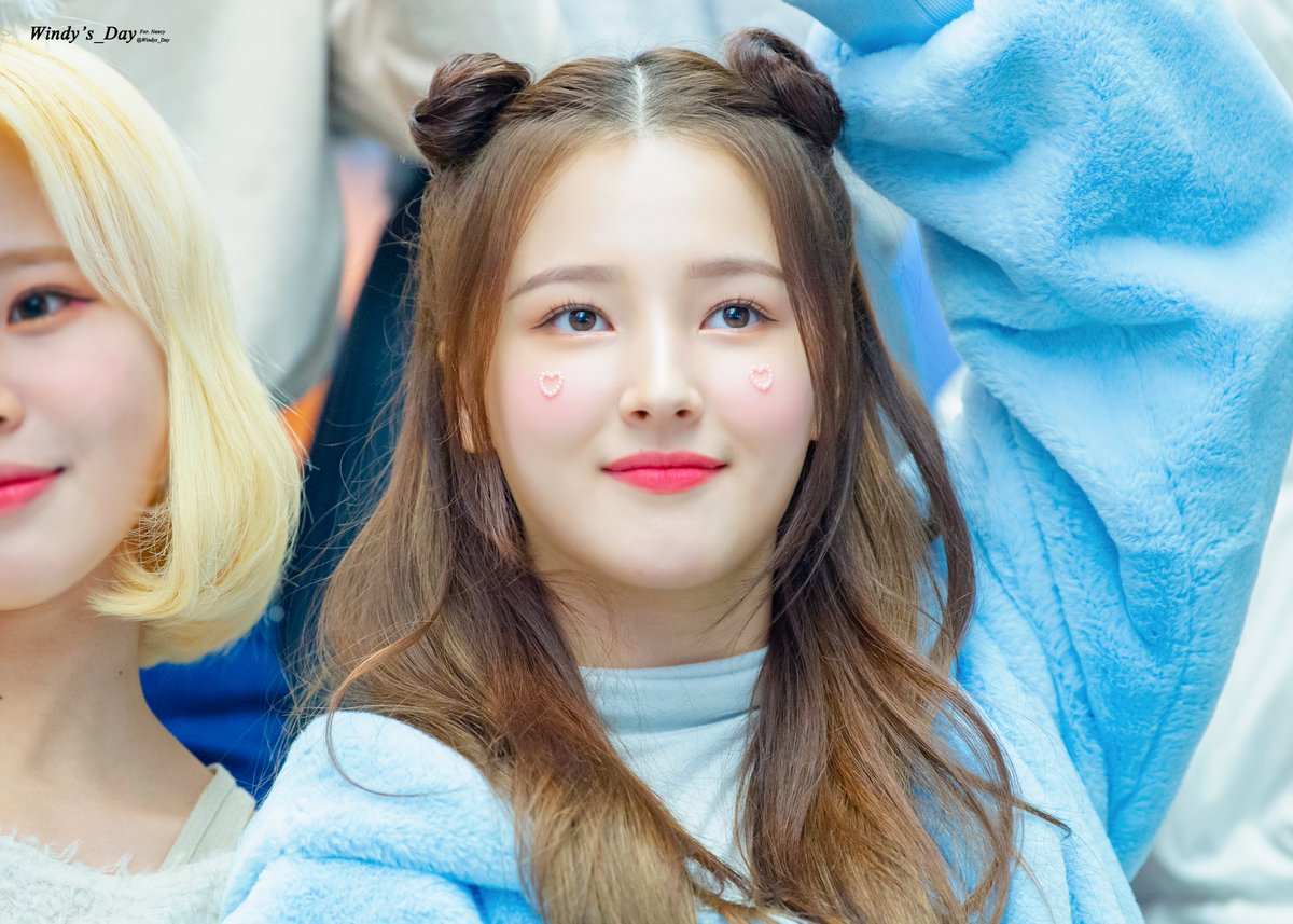 When I'm feeling blue sometimes what I need, what I want is always your smile~~ 💙  ©Windy's_day #MOMOLAND #모모랜드 #モモランド #NANCY #낸시 #그루 @MMLD_Official #NANCYByKy https://t.co/xYJQWtWEfl