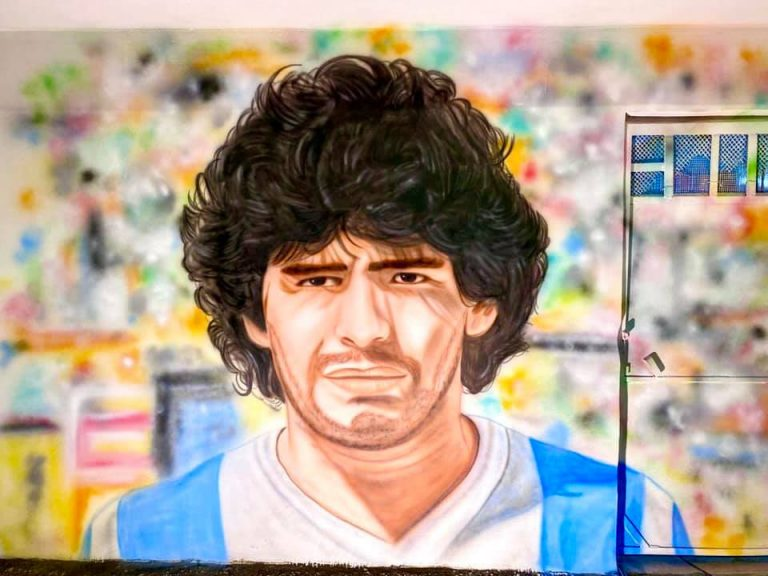 Nuovo murales dedicato a D10S a Bacoli 💙 #Maradona #D10S