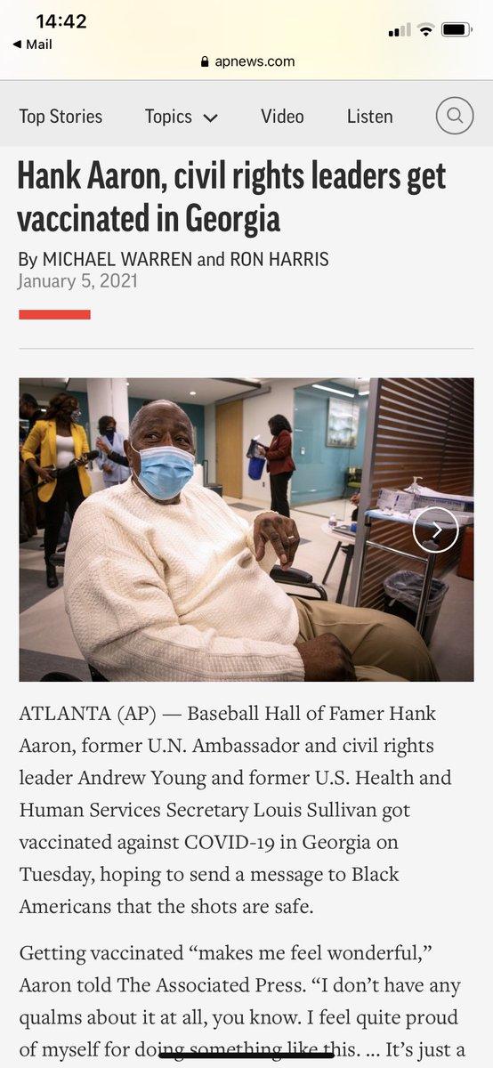 """Legenda baseballu, """"król home runu"""" Hank Aaron, zmarł wczoraj w 17 dni po przyjęciu szczepionki mRNA. Zaszczepił się 5 stycznia, by przesłać czarnym Amerykanom sygnał, że szczepionka jest bezpieczna. Przyjęcie szczepienia """"sprawia, że czuję się cudownie"""", mówił  5 stycznia. https://t.co/KTXYQ0bZO2"""