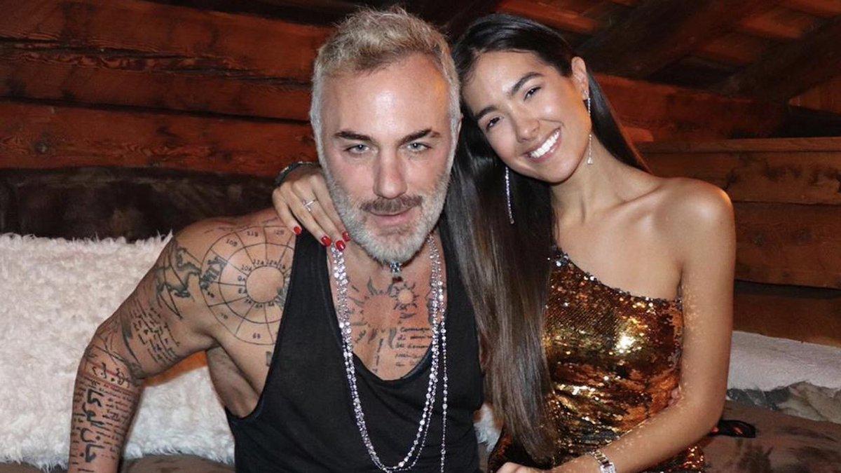 """.@Gianluca_Vacchi ya es """"venezolano de verdad"""" (y no es que se haya casado con Sharon Fonseca)."""