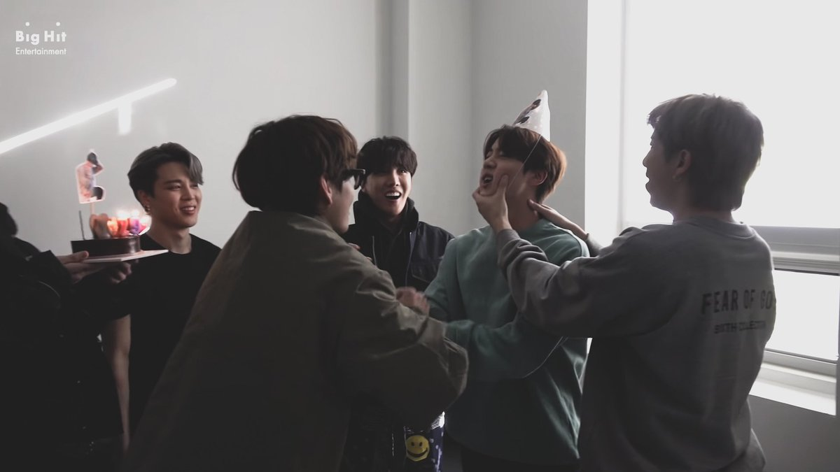 ⠀⠀⠀⠀  [#방탄밤] Jin's birthday party scenes revealed! He is born with the magic make people around him smile brightly! Happy birthday, Jin 🎂  📎 ⠀⠀⠀⠀
