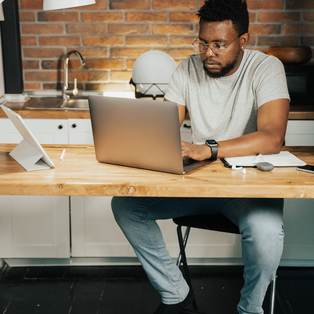 While #WFH does offer options to enable far greater #flexibility in the #workplace, it's far from ideal for many who'd far rather be in the office.   While celebrating this new era we must also accept the fact that one size doesn't fit all.