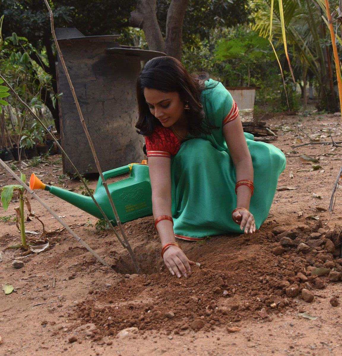 . @Nanditasweta accepted #HaraHaiTohBharaHai #GreenindiaChallenge.  Inspiration from @MPsantoshtrs Planted 3 saplings.🌱  Further,She nominated @actor_Nikhil @aishu_dil & @PrasanthVarma to plant 3 trees  Specially thanked @MPsantoshtrs for this initiative.