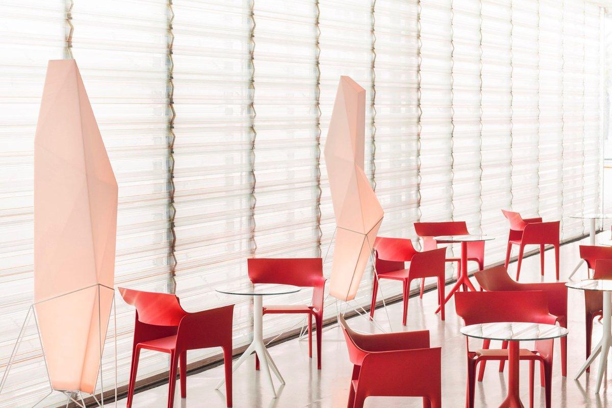 Vondom's Contract Design Furniture designed to create unique and select atmospheres.  #hospitalityfurniture #restaurantfurniture #hospitalitydesign #furniture #design #designfurniture #contractfurniture #chairs #stackablechairs #vondom #miamidesigndistrict #landscapedesigner