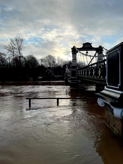 River levels in Burton under the Trent today. https://t.co/0dTovwWLU7