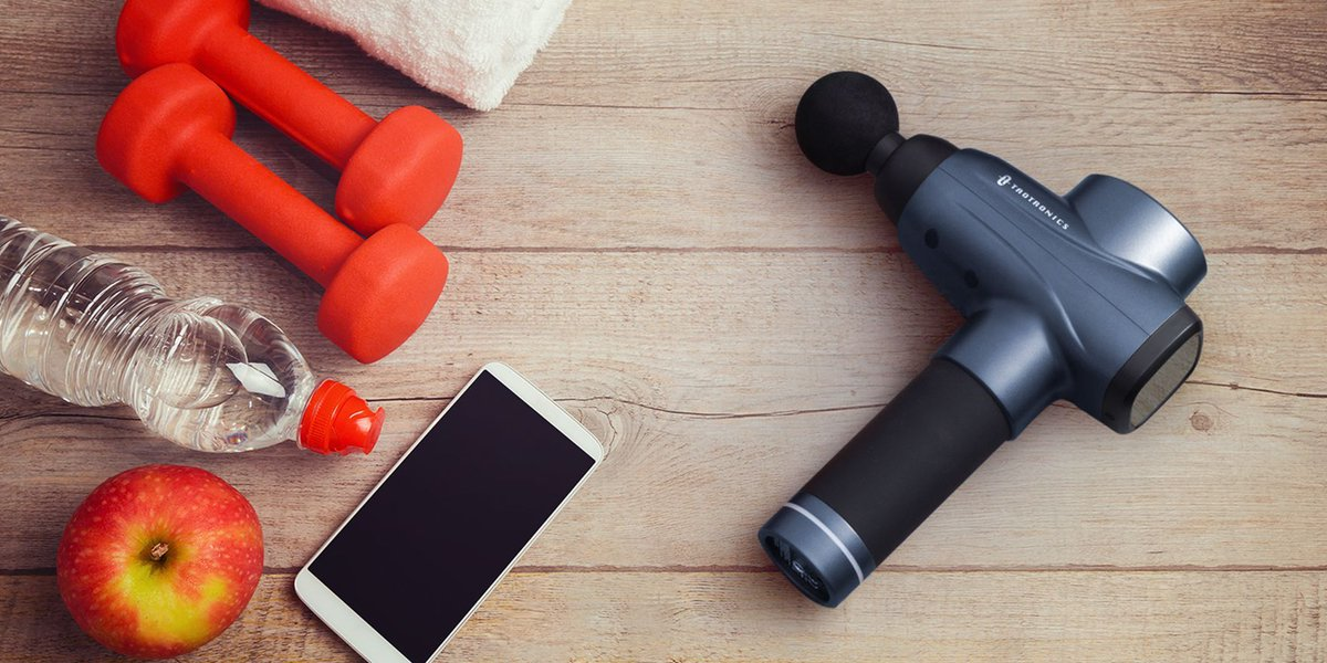 What are the workout essentials in your gym bag? 🤔 #workout #gymlife #exercise https://t.co/5y4VYXVAq4
