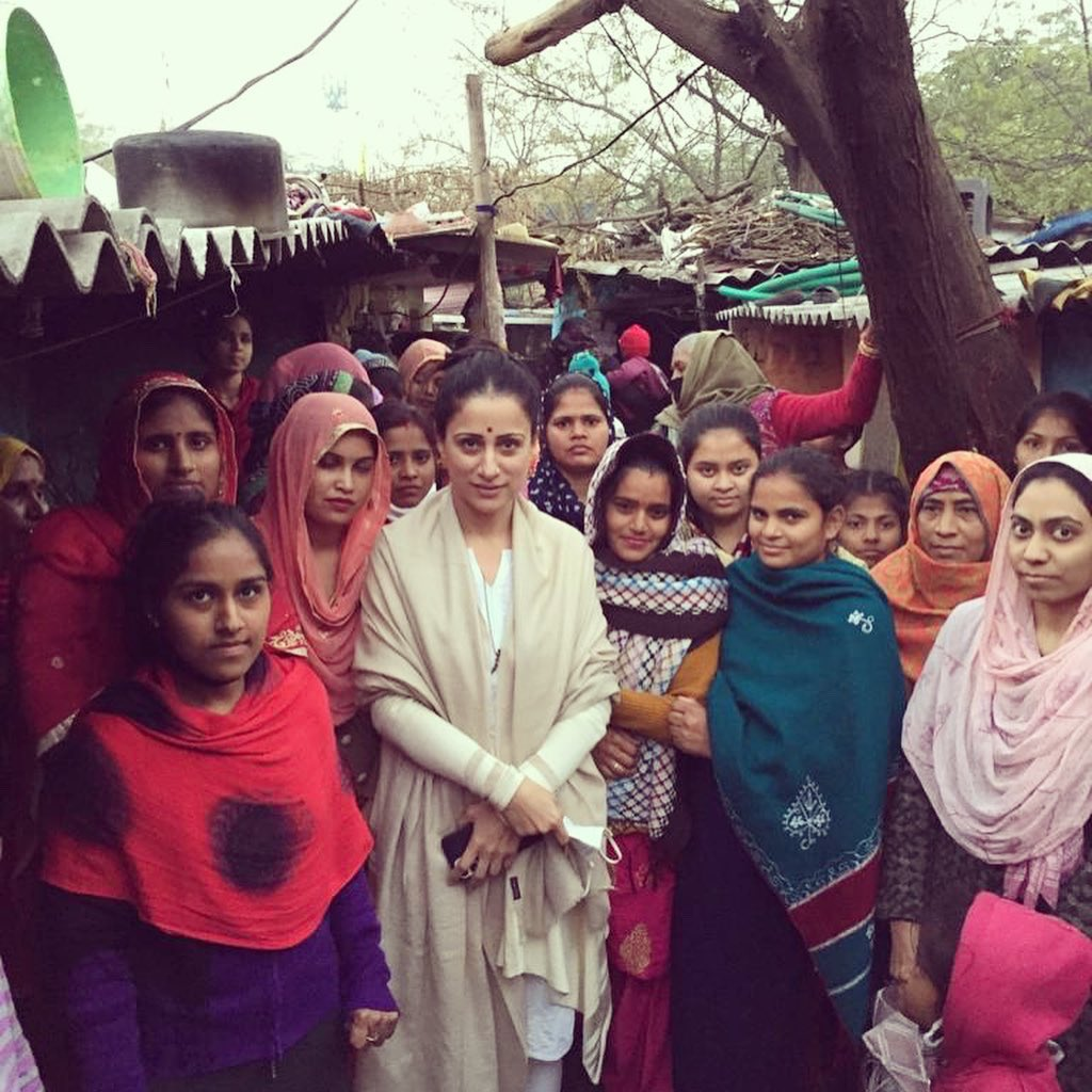 Let's empower our women in real sense. Financial independence is extremely important for our women living in slums/villages #ruralwomen  Self Respect above all.  My Family♥️ We work hard,we laugh, love & respect,we stand strongly for each other.  #AatmaNirbharBharat #EmpowerWomen