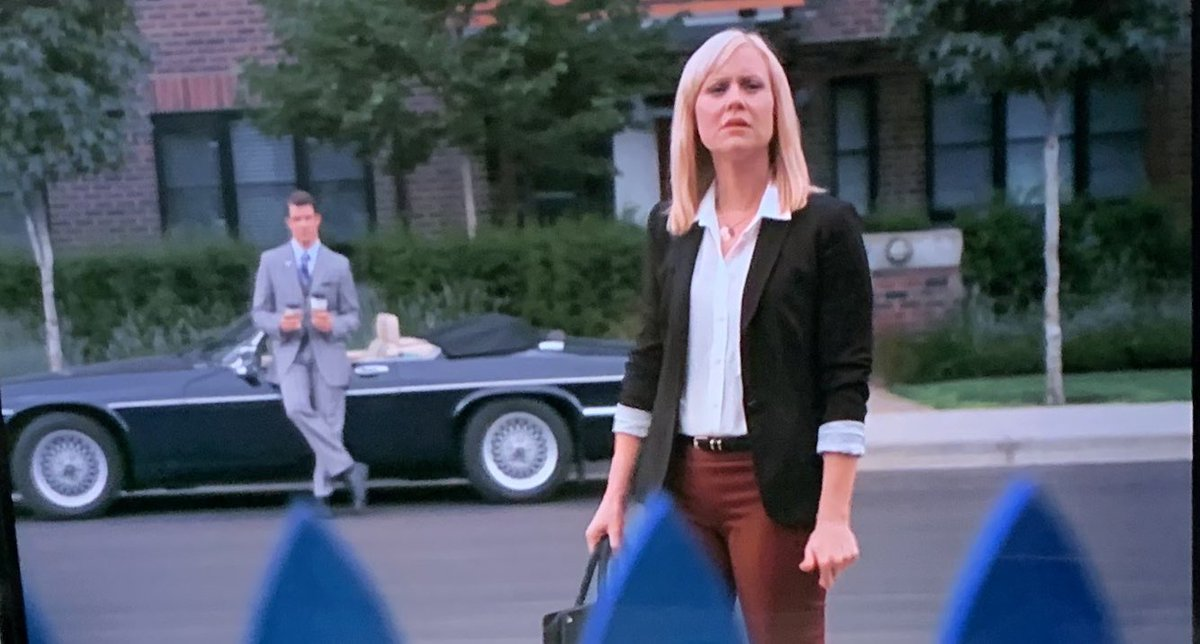 Love this scene, which has become iconic. Repeated in #HomeAgain #POstables @hallmarkmovie @MichelleVicary
