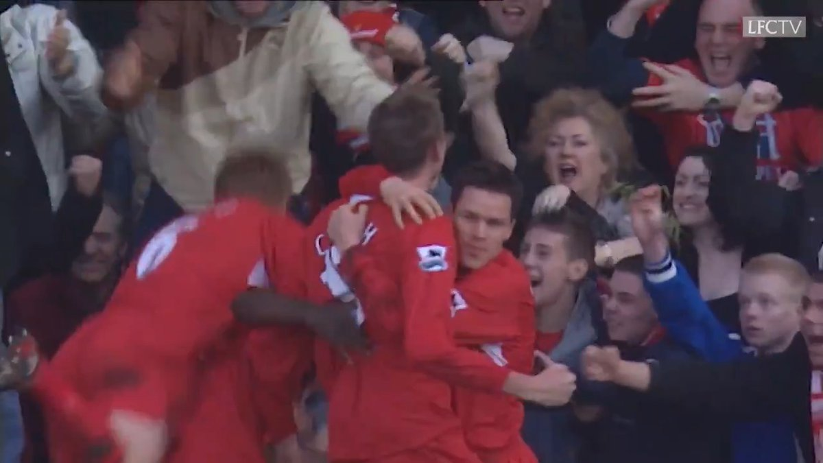 A memorable @petercrouch winner against @ManUtd 🙌⚽️  ⏪ #FACup rewind to 2006 ⏪
